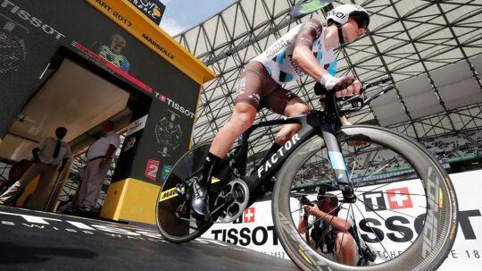 Cyril Gautier friede til sin kæreste på sidste etape af Tour de France.