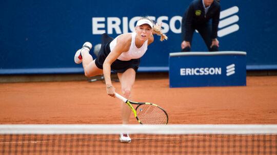 Verdensranglistens nummer 99 pressede Caroline Wozniacki ud i tre sæt på gruset i Båstad.