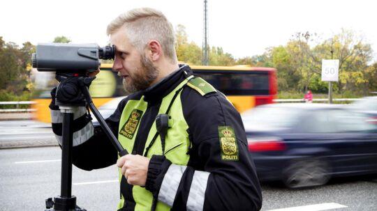 Mange danskere kontakter politiet for at få lavet lokale hastighedskontroller.