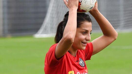 Nadia Nadim under en af kvindelandsholdets træninger i Heelsum.