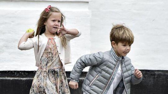 Prinsesse Josephine og Prins Vincent på Gråsten Slot d. 15. juli 2016.