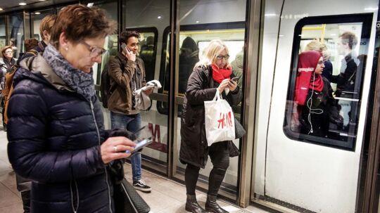 Metro-kontrollører slår for hårdt ned på passagerer, der ved en fejl ikke har sikret sig en gyldig billet, mener Passagerpulsen under Forbrugerrådet Tænk og pendlertalsmand.