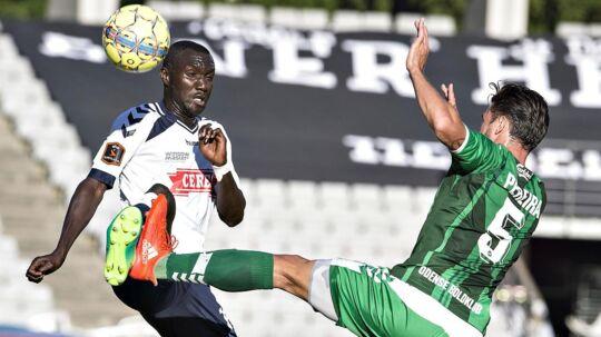 AGF (hvide trøjer) og OB spillede 0-0.