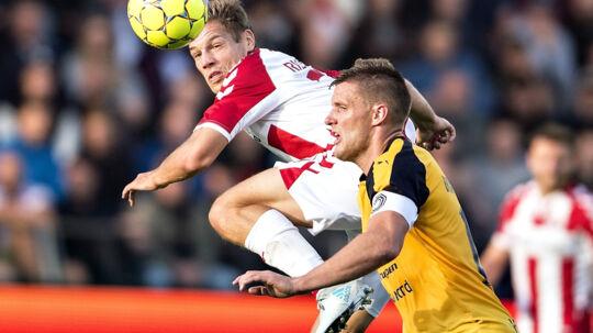 Kasper Risgård bragte AaB foran mod Hobro, men holdet tabte pusten efter pausen. Scanpix/Henning Bagger