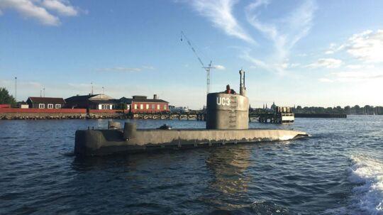 Den hjemmebyggede ubåd UC3 Nautilus ses her i Københavns Havn.