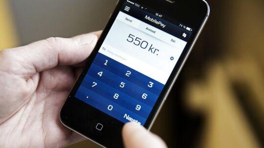 Arkivfoto. Fra torsdag og to måneder frem kan MobilePay-brugere vinde deres købsbeløb tilbage, når de betaler med MobilePay i en butik.