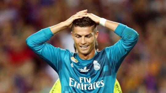 Her ses Cristiano Ronaldos reaktion kort efter han har modtaget sit andet gule kort.