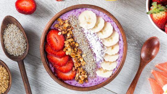 Chia-frø er noget af det, der er markedsført som en 'superfood'. Her i en såkaldt 'smoothie-bowl'.