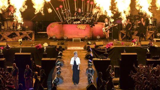 Pink under en optræden på dette års Sziget Festival i Budapest, Ungarn.