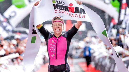 Søndag d. 20. august 2017 blev KMD IRONMAN Copenhagen afviklet, og hurtigste kvinde i mål var Michelle Vesterby i tiden 09.0019. Deltagerne skulle først svømme 3, 8 kilometer, derefter cykle 180 km for at afslutte med et marathonløb (42, 2 kilometer). I modsætning til de tidligere år var der kun kvinder i pro-klassen. Kl. 07.00 startede de første fra Amager Strand. . (Foto: Bax Lindhardt/Scanpix 2017)