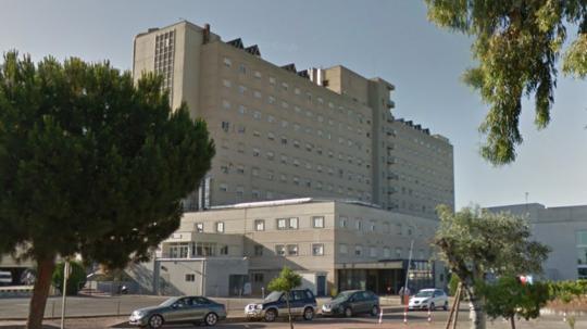 Ulykken skete her på Hospital Nuestra Señora de Valme i den spanske by Sevilla. Foto: Google Streetview