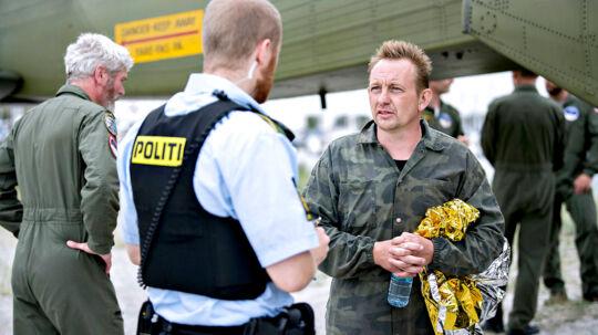 Ubådsejer Peter Madsen kommer i land i Dragør Havn d. 11. august 2017 efter at hans ubåd sank i Køge Bugt (Foto: Bax Lindhardt/Scanpix 2017)