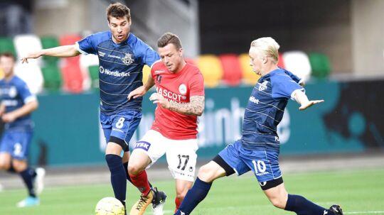 Mads Aaquist (th) skiftede fra FC Helsingør til FC Nordsjælland inden mandagens kamp mellem de to klubber, som FCN vandt 1-0. Billedet er fra en tidligere kamp.