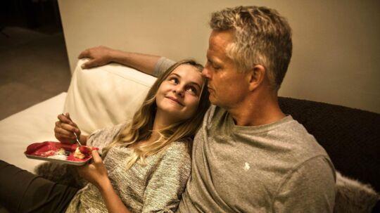 Portræt af Jakob Kjeldberg i hans hus i Nice. Jakob Kjeldberg sammen med sin yngste datter Maria i 2016.