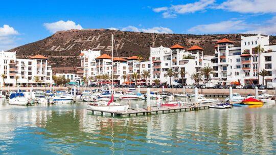 Saudi-Arabiens konge har været på ferie i Marokko. Og det var ikke på en billig afbudsrejse. Derimod anslås ferieopholdet til at have kostet 630 millioner kroner. På arkivbilledet ses den populære turistby Agadir i Marokko.