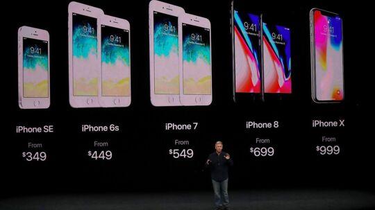 Sådan ser hele paletten af iPhone-telefoner ud efter tirsdagens præsentation af iPhone X- og de to iPhone 8-telefoner. Priserne har fået et godt nøk opad, især i danske kroner, fordi dollaren er faldet. Foto: Justin Sullivan, Getty Images/AFP/Scanpix