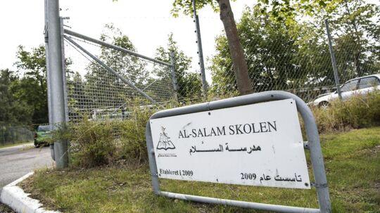 Den muslimske friskole Al-Salam Skolen i Odense er en af de tre skoler, som styrelsen har sat under skærpet tilsyn. Samtidig tilbageholdes skolens statslige tilskud.