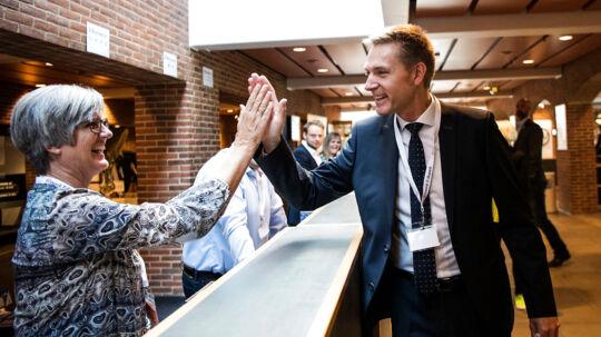 Kristian Thulesen Dahl spiller på to heste politisk, log det har han fuæld opbakning til i baglandet. Partiet holder sit 22. årsmøde i MCH Herning Kongrescenter. (Foto: Bo Amstrup/Scanpix 2017)