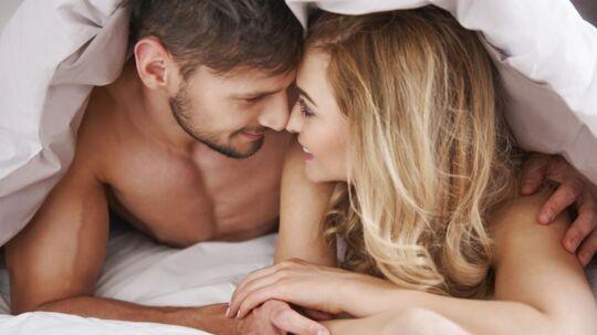 Et studie viser, hvor længe 2.000 amerikanere mener, man bør vente med at tage sin date med ind under dynen.