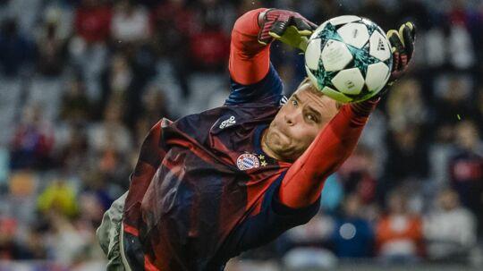 Manuel Neuer er ude i de kommende måneder for Bayern München med en fodskade.