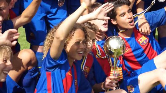 Hollandske Xavi Simons er kun 14 år gammel og et af de helt store talenter på Barcelonas juniorhold