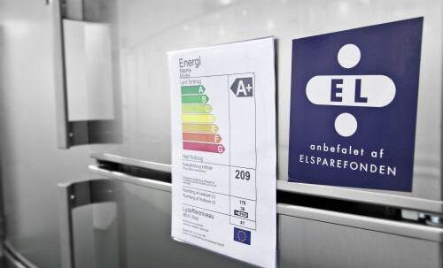 Det er en god idé at vælge den rigtige størrelse køleskab. Som tommelfingerregel siger man, at én person skal bruge 100 liter, mens en familie på fire har brug for et køleskab på 250 liter. Free/Go'energi