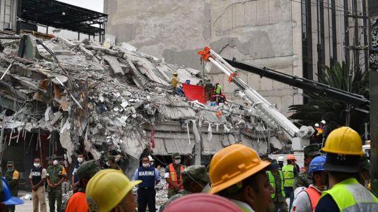 Redningsarbejdere i Mexico City. Billedet her er fra den 21. september.
