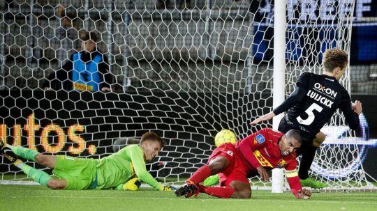 Kees Luijckx scorer for Sønderjyske til slutresulatett 2-2 ude mod FCN.