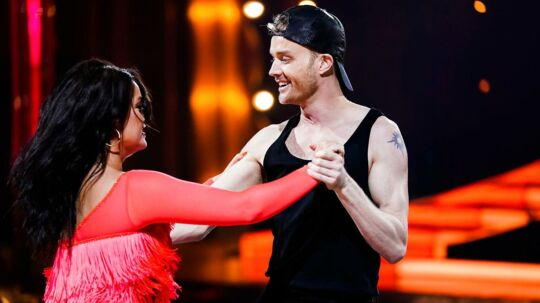 Skuespiller Lucas Hansen og Sofie Kruuse på dansegulvet i 'Vild med dans'.