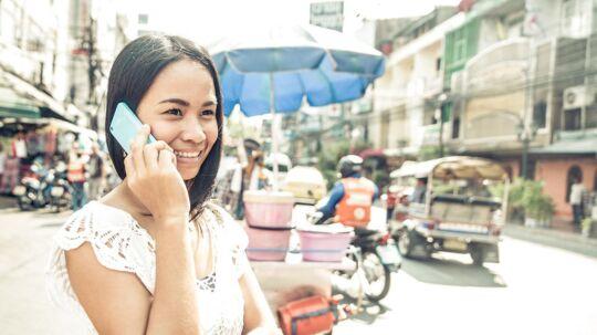 Fra 25. september ophæver »3« roaminggebyret for at ringe og bruge data i Thailand, som er et af danskernes populære rejsemål. Arkivfoto: Shutterstock/Scanpix