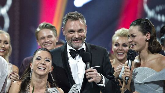 Claus Elming, der også er vært på Vild Med Dans, stopper på TV2 Sporten.