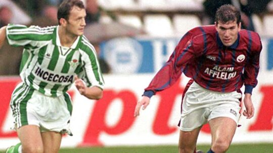 En ung Zidane i Bordeaux-trøjen