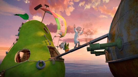 Sebastian (Alfred Bjerre Larsen) og professor Glykose (Peter Frödin) tages til fange på piratskibet. Foto: Nordisk Film