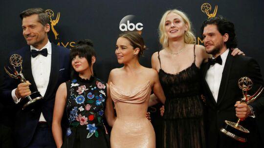 På billedet ses stjernen fra Game of Thrones: Danske Nikolaj Coster-Waldau (tv.), Maisie Williams, Emilia Clarke, Sophie Turner og yderst til højre Kit Harrington.