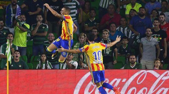 Valencia (bill.) vandt 6-3 på udebane over Real Betis i søndagens sene kamp.