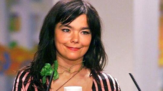 Her ses Björk