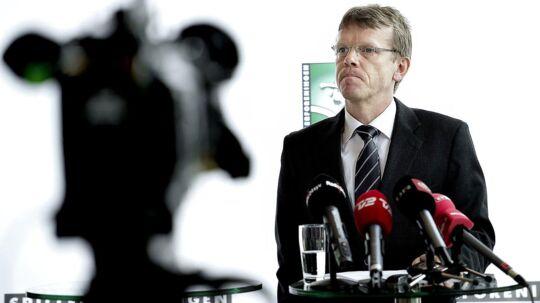 En kendt sportsadvokat anklager Spillerforeningen for at spille hasard med kvindelandsholdets fremtid. Her ses Spillerforeningens direktør, Mads Øland.