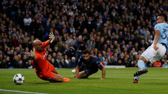 Gabriel Jesus bragte Manchester City foran med 2-0. Reuters/Phil Noble