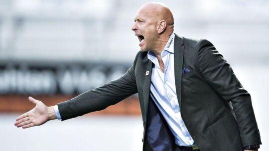 Silkeborgs træner, Peter Sørensen, forstår ikke, at kampen skal spilles om.