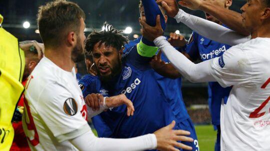 Der var gang i den i Everton-Lyon!