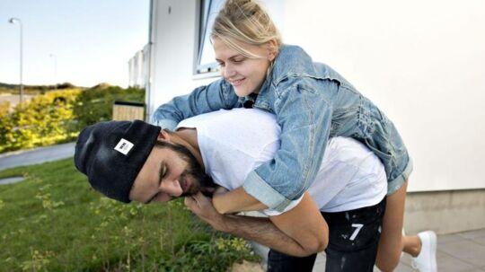Christine og Mikkel i det blå hus. (Foto: Lars Horn/TV 2)
