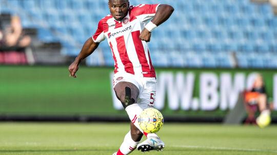 Jores Okore er skuffet over afslutningen på AaB''s kamp mod Randers FC. Scanpix/Henning Bagger/arkiv