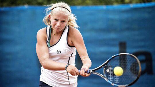Clara Tauson er kun 14 år, men takket være en finaleplacering i Stockholm i sidste weekend er hun nu i top-1000.