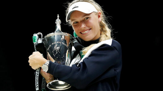 Caroline Wozniacki vandt WTA Finals. Men titlen som »Player of The Year« tilfaldt spanieren Garbine Muguruza.