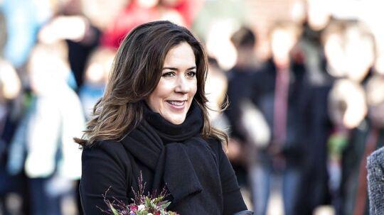 Til alles store overraskelse dukkede kronprinsesse Mary op for at indvie den nyrenoverede Nøvling Skole i Aalborg.