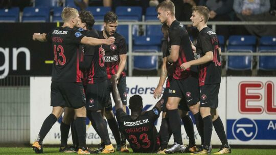 FC Midtjylland scorede to mål i første halvleg.