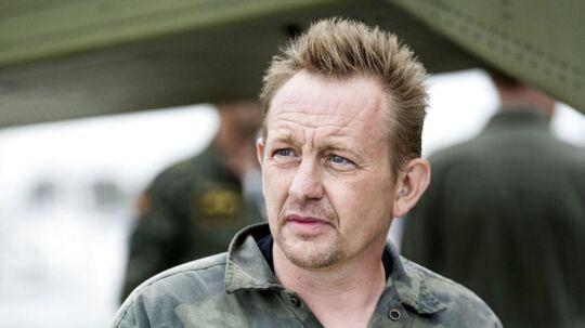Peter Madsen har siddet varetægtsfængslet siden grundlovsforhøret 12. august. I morgen skal en dommer endnu engang tage stilling til, om hans fængsling skal forlænges, med mindre han - ligesom sidst - går med til en frivillig forlængelse. Det afgør forsvarsadvokat Betina Hald Engmark i samråd med Peter Madsen.