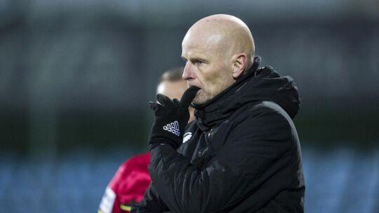Ståle Solbakken vil ikke længere tale om nyt DM-guld til FCK efter nederlaget på 0-3 mod Sønderjyske.