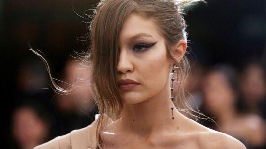 Supermodellen Gigi Hadid er en af dem, der ikke fik indrejsetilladelse til Kina.
