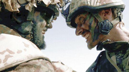 Scene fra dokumentarfilmen 'Armadillo' fra 2010, der gav et indblik i, hvordan det er at være udsendt i krigszoner. Soldaterne på billedet er ikke PTSD-ramte.